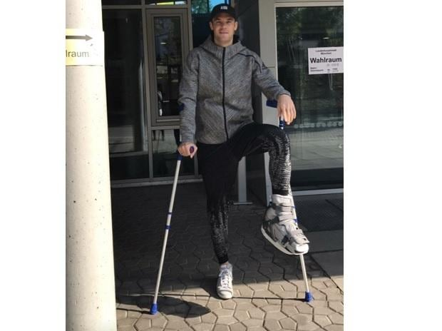 Manuel Neuer posted the photo on Twitter when he was injured last year. (Photo: @Manuel_Neuer)