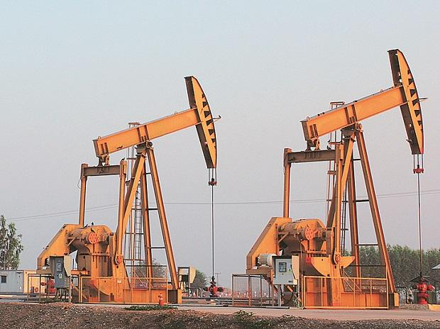 Oil prices mixed but expected output increase a drag