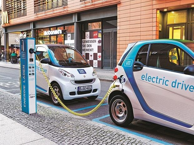 Electric cars, Electric vehicles. e-cars, e-vehicles