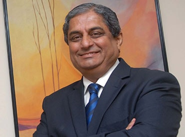 Aditya Puri: Digital banking in a digital India - Business Standard