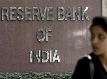 Govt cuts RBI governor shortlist to four: Officials