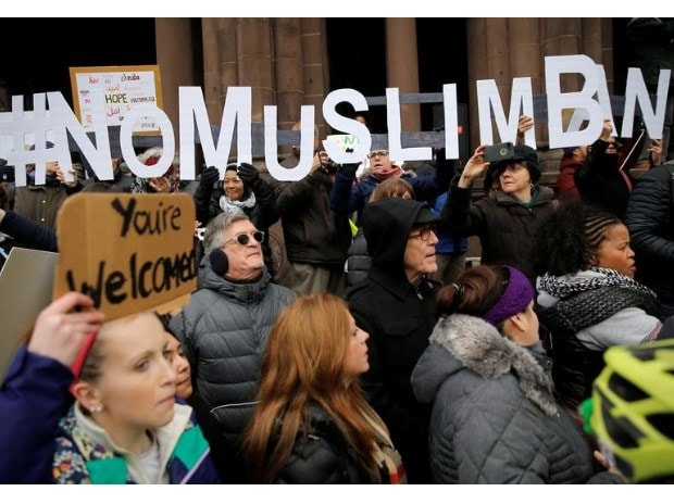 Muslim immigrants invited by Democrats to Trump's address