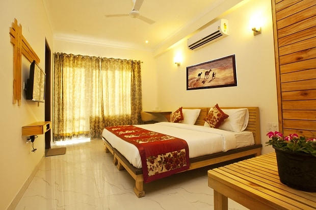 Oyo rooms, hotels