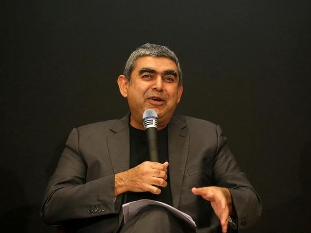 Infosys CEO Vishal Sikka speaks with the media during the announcement of the company's quarter results at its headquarters in Bengaluru, India on April 13, 2017. (Photo: Reuters)