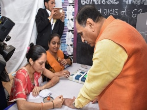 Gujarat Assembly election 2017: Pujara, Rupani, Ahmed patel cast their vote