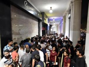 iPhone 7 hits Indian stores