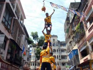 SC ignored as dahi-handi celebrated with protests
