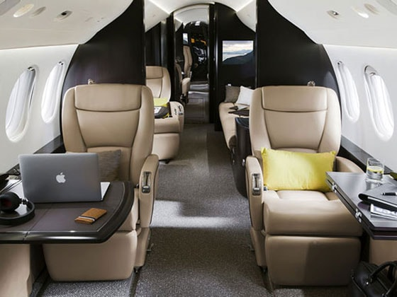 The dassault falcon 7x photo gallery business standard for Large cabin business jets