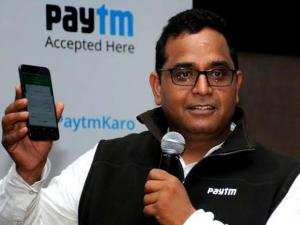 Amid cash chaos, Paytm spreads wings
