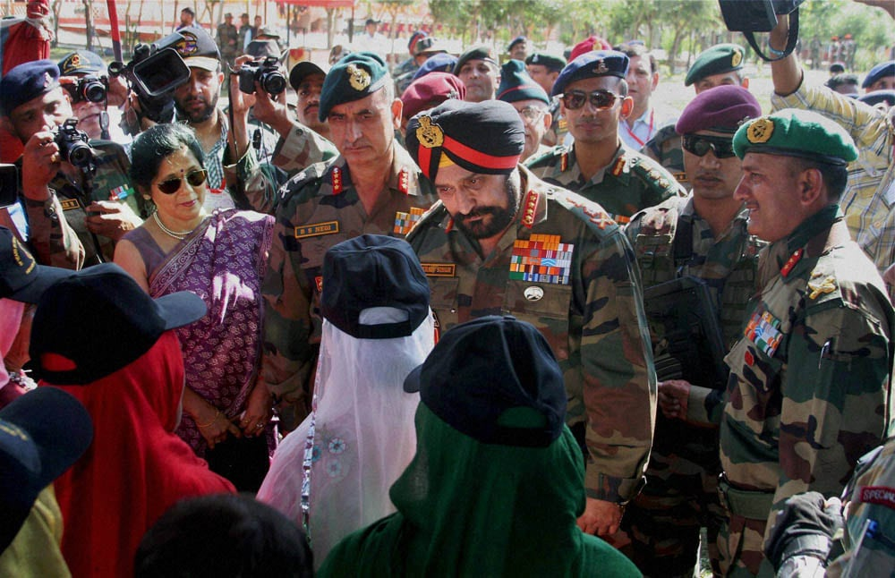 Army Chief General, Bikram Singh, paying, homage, Kargil war, martyrs,memorial, function, commemorate, 15th Anniversary, war, Drass