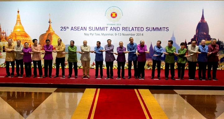 Prime Minister, Narendra Modi, US President, Barack Obama, poses, group photo, leaders of Association of Southeast Asian Nations (ASEAN), related summits, ahead, gala dinner, Myanmar International Convention Center, Naypyitaw, Myanmar