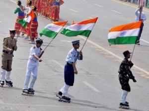 School children perform during full dress rehearsal of Republic Day Parade