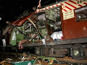 Bomb blast at Matunga railway station