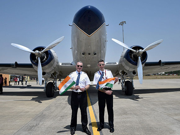 Pilot, Francisco Agullo, Paul Bazeley, World Tour flight, Breitling DC-3, Nagpur Airport