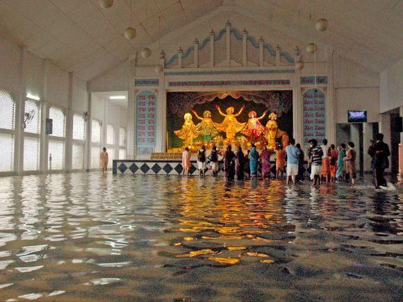 ISKCON Temple, Heavy rains, Heavy rainfall, Floods, West Bengal, Kolkata, India, Gujarat, Rajasthan, Died