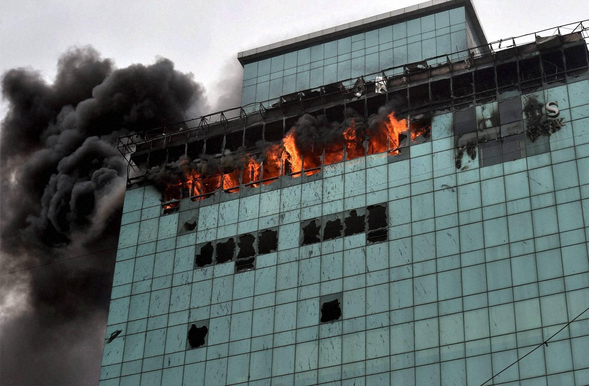blazing, Lotus Business Park, Building, Andheri, Mumbai