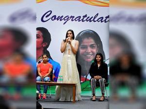 P V Sindhu speaks as bronze winner grappler Sakshi Malik and gymnast Dipa Karmakar