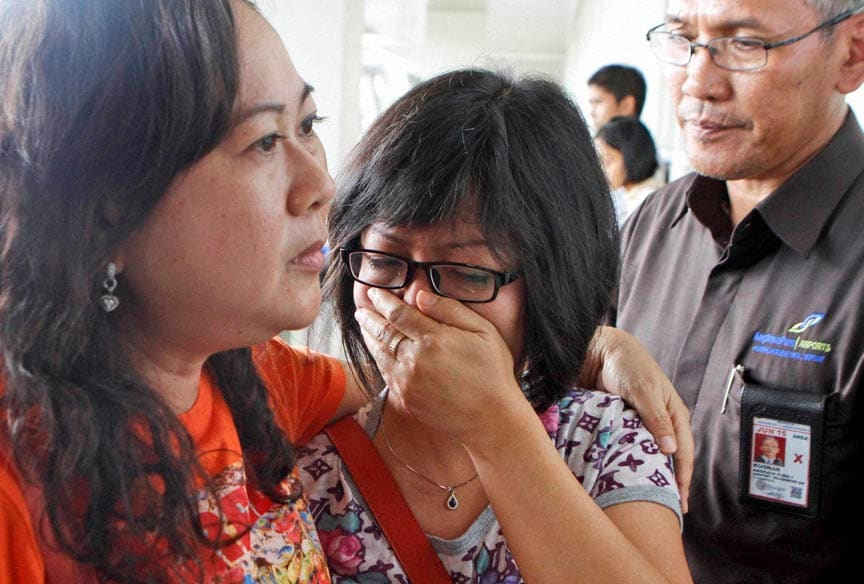 AirAsia, AirAsia Flight, Missing Flight, Indonesia, Singapore, AirAsia flight QZ8501, AirAsia plane, 161 people