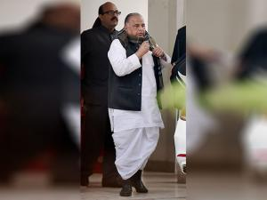 SP party supremo Mulayam Singh Yadav leaves to meet the  Election Commission