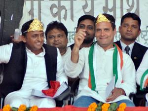 Congress Vice President Rahul Gandhi and UP Chief Minister Akhilesh Yadav