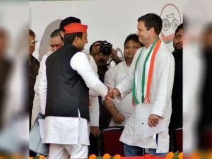 Congress Vice President Rahul Gandhi and UP Chief Minister Akhilesh Yadav at an election rally