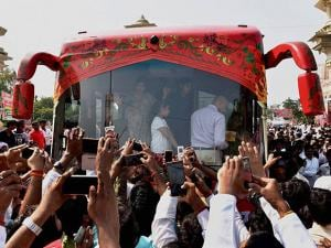 Uttar Pradesh Chief Minister Akhilesh Yadav's wife Dimple Yadav and daughter in the Rath