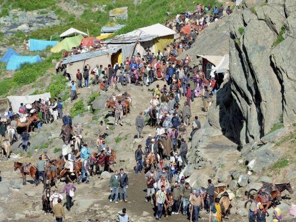 Amarnath Yatra, Amarnathji, Yatra, Pilgrims, Rajnath, J-K Governor, Vohra, First batch, Second Batch, Baltal, Jammu, Kashmir