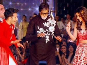 Amitabh Bachchan, Varun Dhawan and Alia Bhatt break into a jig at a fashion show in Mumbai