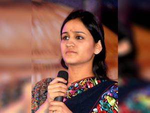 Aparna Yadav, Mulayam Singh Yadav 's younger daughter-in-law who is a candidate for UP Assembly polls from the Cantoment Area