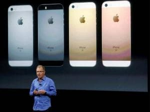 Greg Joswiak, vice president of iOS, iPad and iPhone product marketing, announces the new iPhone SE at Apple headquarters