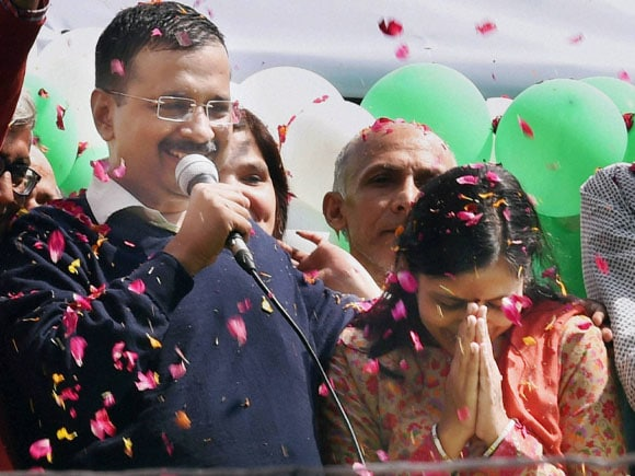 Arvind Kejriwal,  AAP,  BJP,  Congress, Narendra Modi, Kiran Bedi, Sonia Gandhi, Rahul Gandhi, Swachh Delhi Abhiyaan