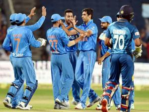 Ashish Nehra celebrates the wicket of Sri Lankan batsman N.Dickwella during the first T20
