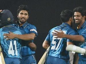 Sri lankan players celebrate thier victroy against India during the first T20