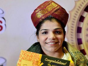 Sakshi Malik wears a Mysore peta