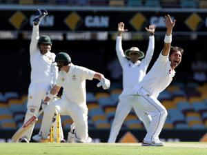 Pakistan's Yasir Shah appeals unsuccessfully for the wicket of Australia's Matt Renshaw