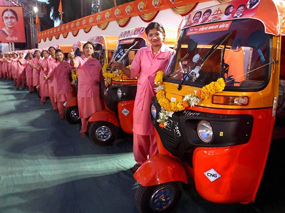 auto rickshaws, Uddhav Thackeray, Shiv Sena