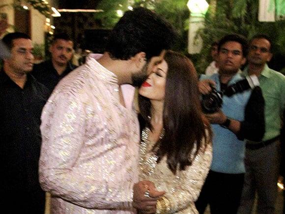 Aishwarya, Amitabh Bachchan, Diwali party, Celebrity Diwali party, Bollywood Diwali party