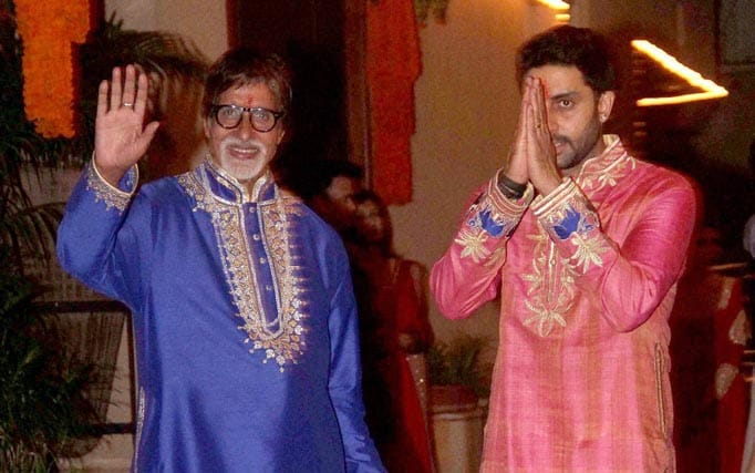 Mega actor, Amitabh Bachchan, Abhishek Bachchan, during, Diwali party, Mumbai