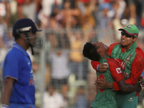 Mustafizur Rahman, Soumya Sarkar, Mahendra Singh Dhoni, India, Bangladesh, Dhaka, ODI series, Second One-Day International