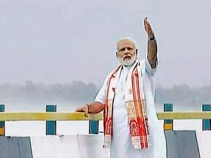 Prime Minister Narendra Modi on the newly inaugurated Dhola-Sadia bridge