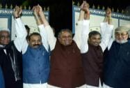 JD(U) leaders with Congress leader Ashok Chaudhary and RJD leader Abdul Bari Siddiqui