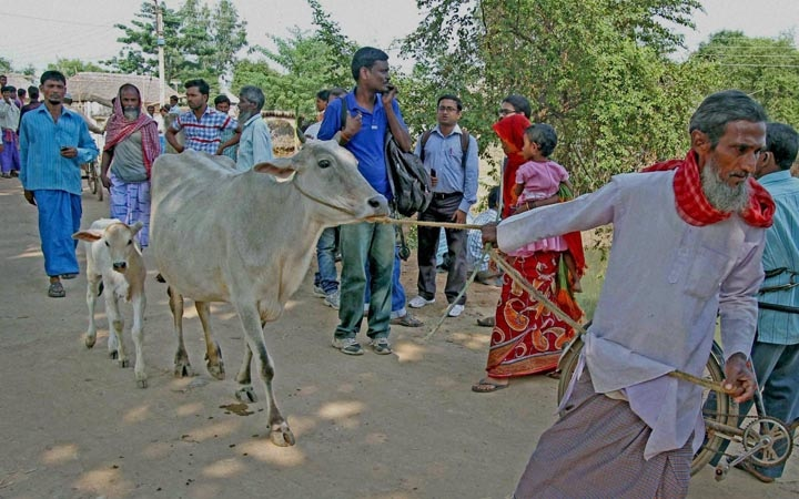 Villagers, leaving, violence, erupted, clash, TMC, BJP workers,  Birbhum