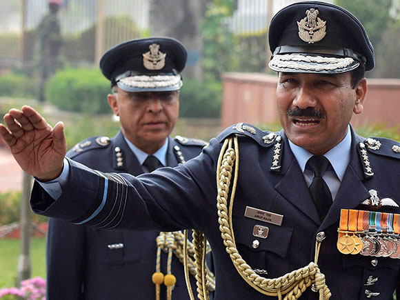 Dhanoa, New Air Chief, Birender Singh Dhanoa, Arup Raha, Indian Airforce