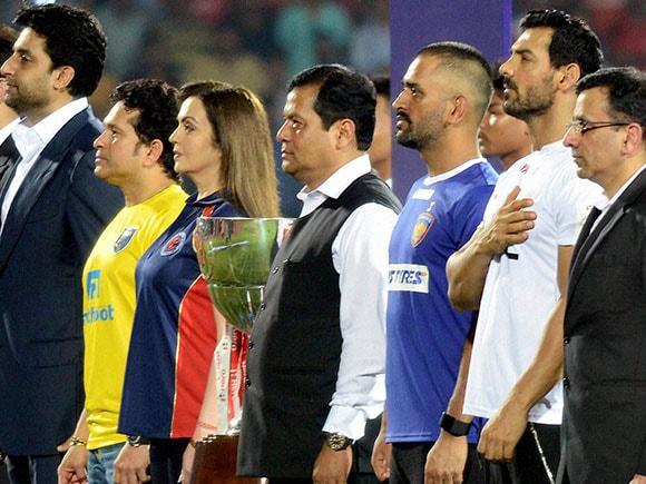 ISL, Indian Super League 2016, Nita Ambani, Sachin Tendulkar, Mahender Singh Dhoni, Guwahati