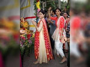 Shilpa Shetty, Shamita Shetty participate in a procession for the immersion