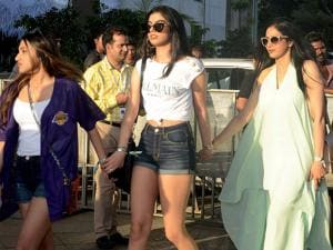 Sridevi with daughters arrives for the Justin Biebers concert