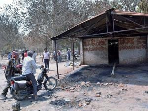 A violent clash between encroachers and the police took place at the Jawahar Bagh