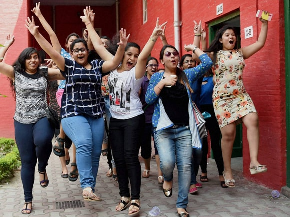 CBSE, 12th Class Results, Central Board of Secondary Education, Girls, Boy, Student