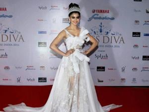 Urvashi Rautela during the grand finale of Miss Diva 2016 beauty pageant