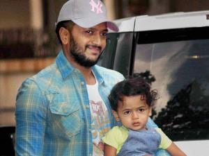 Bollywood actor Riteish Deshmukh with his son Riaan Deshmukh arrive to attend 4th birthday celebrations of Shilpa Shetty's son Viaan